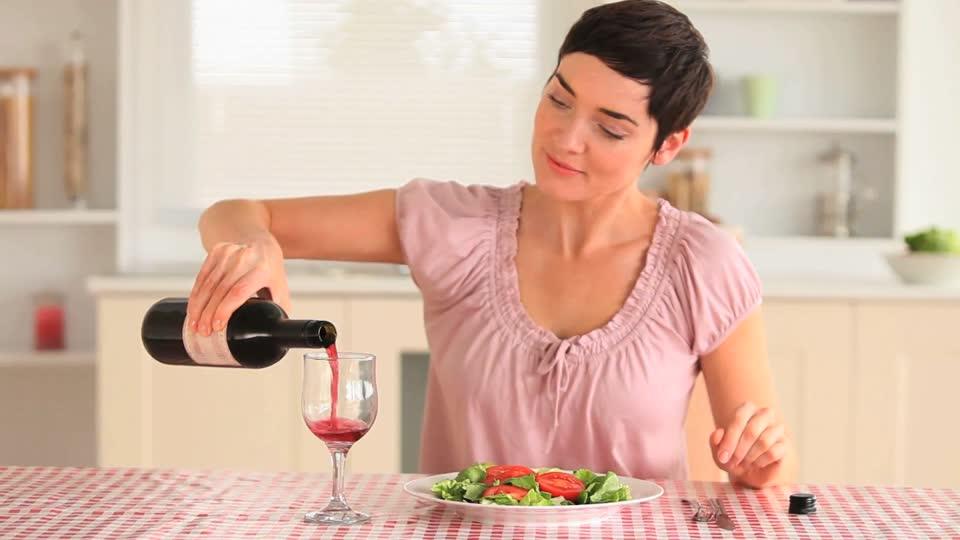 769460344-cabernet-sauvignon-syrah-alcoolisme-forme