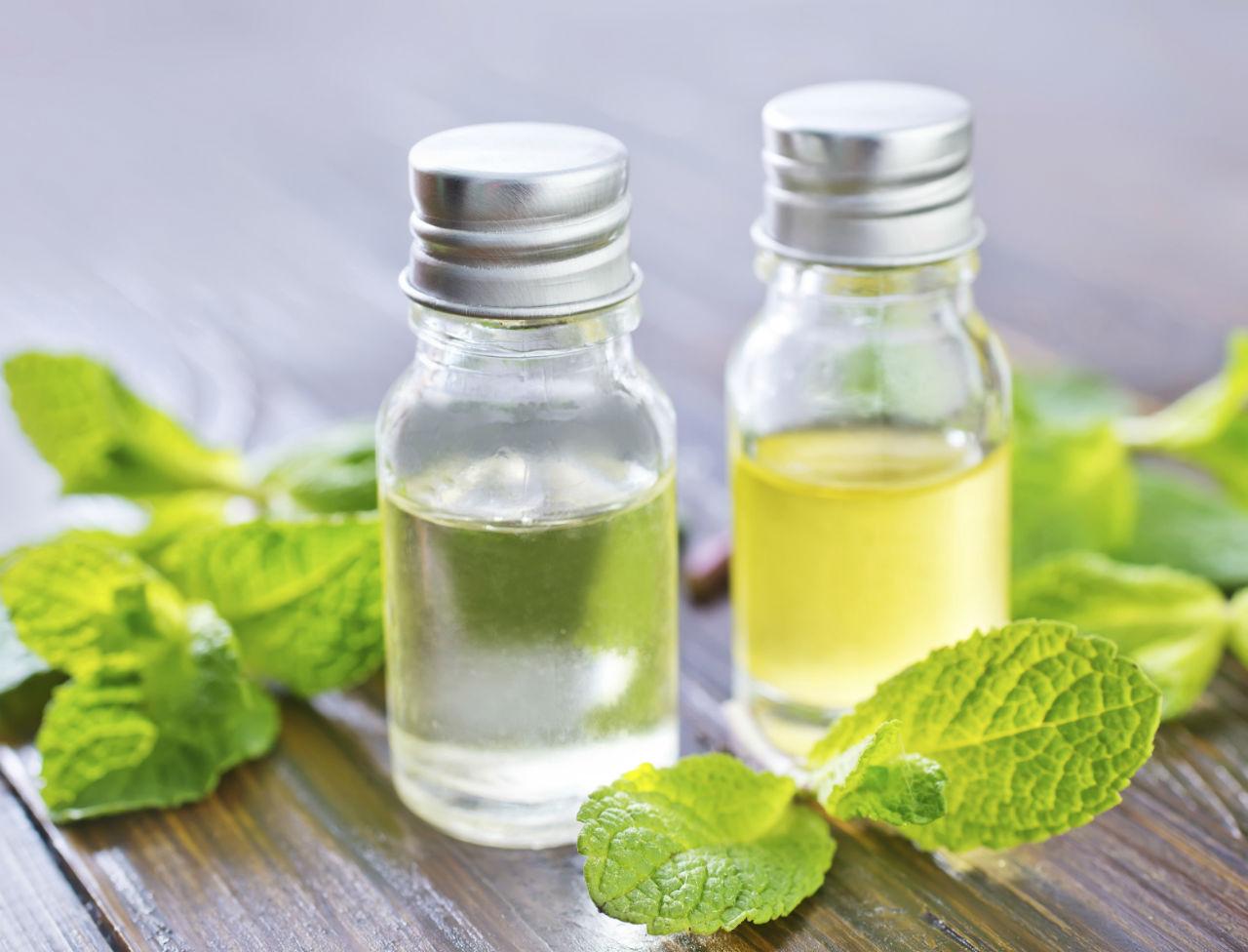 l-huile-essentielle-de-menthe-poivree-efficace-contre-les-maux-de-ventre