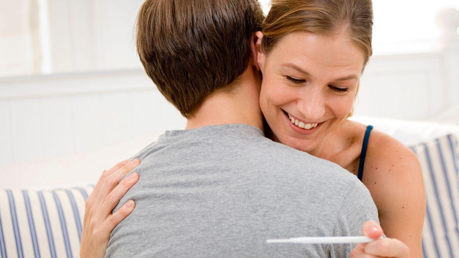 11 signes et astuces pour savoir si vous tes enceinte. Black Bedroom Furniture Sets. Home Design Ideas